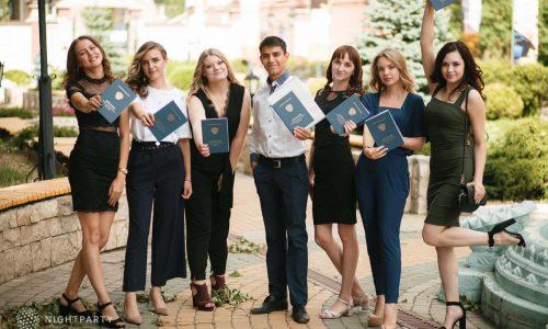 Вручение дипломов выпускникам факультета СПО